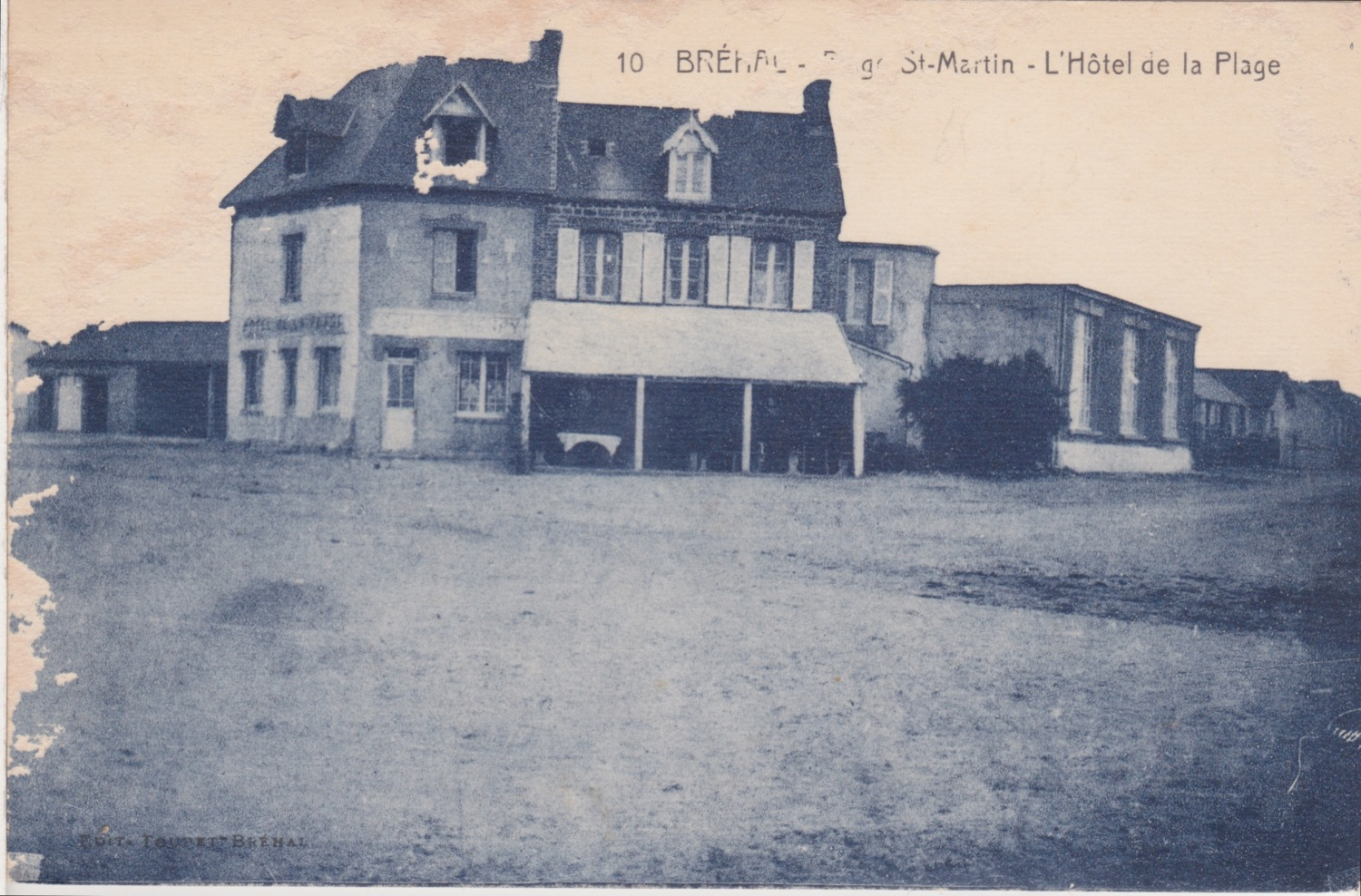 1915 St Martin Carrefour central Hotel de la Plage 1 © collection Jean (...)