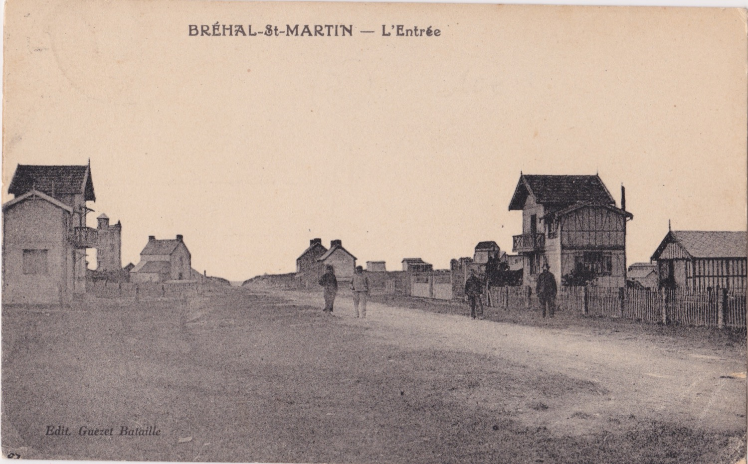 1930 St Martin Rues Rue de la Plage © collection Jean Claude (...)