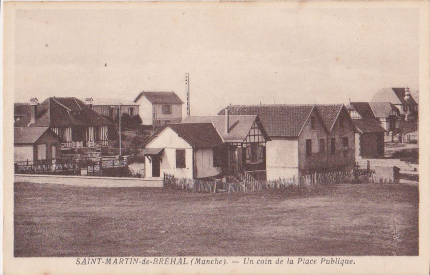 1930 St Martin Sites Place publique © collection Jean Claude (...)