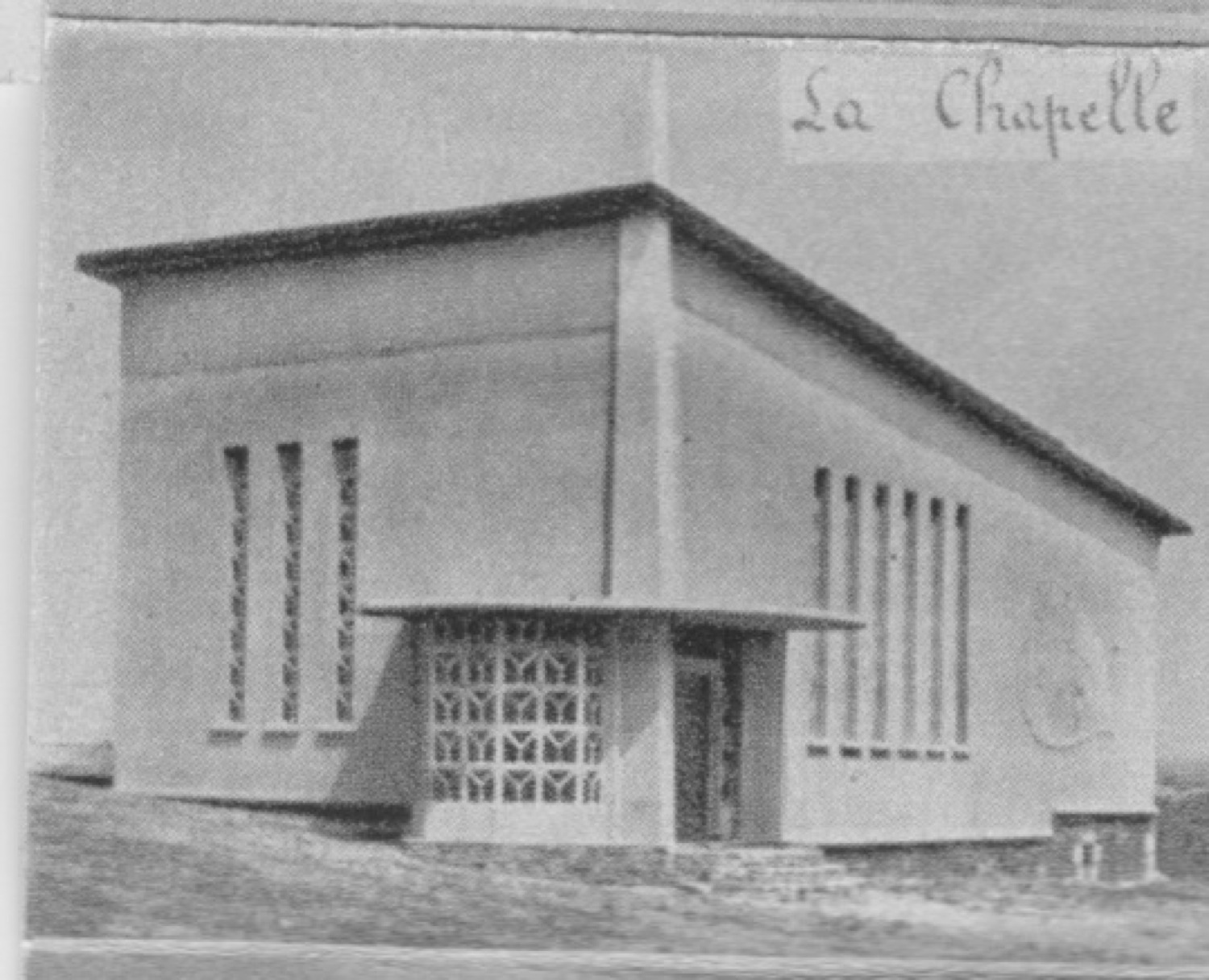 "1955 St Martin Dépliant ""Soulevez le rocher"" - La chapelle © collection Jean (...)"