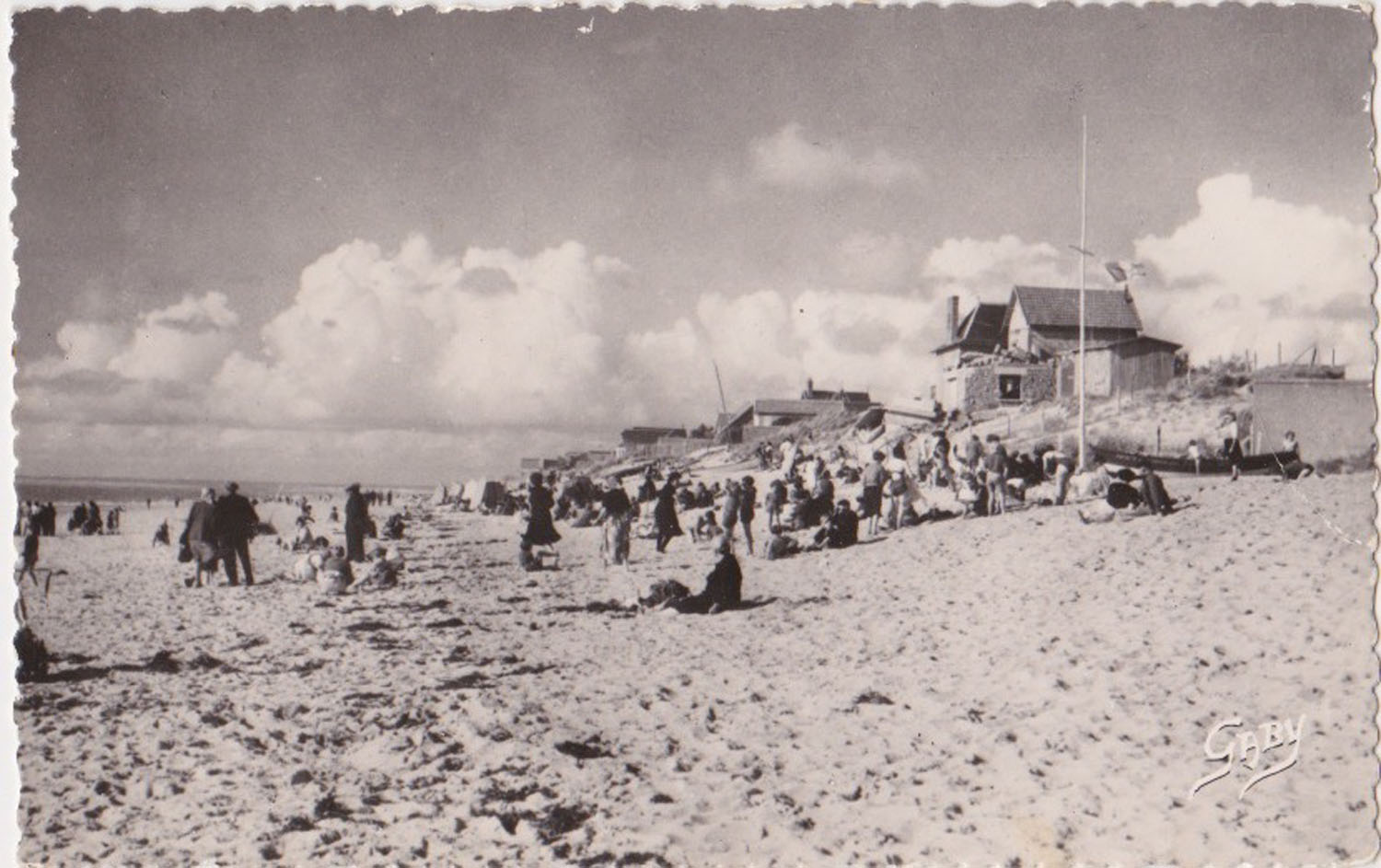 1968 St Martin Plage 2 © collection Jean Claude Ferret