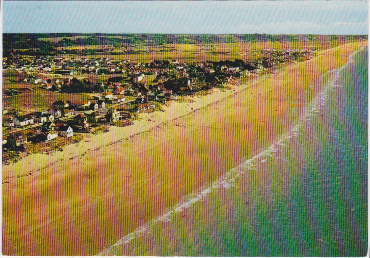 1970 St Martin Vue aérienne Littoral © collection Jean Claude (...)